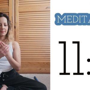 Meditación para la desarrollar la intuición - 11 minutos de Yoga y Meditación. Tips de Aurora - youtube